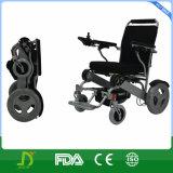 Fauteuil roulant se pliant ultra léger de puissance de la Chine pour des handicapés