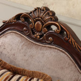 Strato di legno classico Loveseat del sofà del tessuto e presidenza con la Tabella antica per il salone