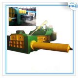 Machine de emballage en acier de rebut hydraulique de presse du véhicule Y81t-2500