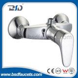 Miscelatore dei rubinetti del bacino montato piattaforma d'ottone del rubinetto del bacino della cucina del bicromato di potassio