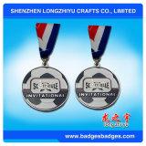 フットボールのチャンピオンの金属メダルカスタムサッカーゲーム賞の円形浮彫り