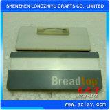 Insigne de nom en aluminium avec broches de sécurité et insert de nom