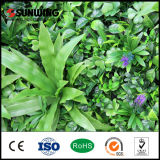Paredes artificiales verdes Anti-ULTRAVIOLETA de la hierba de la decoración de la fábrica de China con las flores