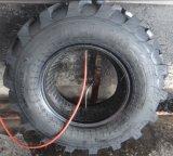 Das Muster R4, das auf Löffelbagger verwendet wird, bearbeitet schlauchlosen industriellen Reifen maschinell (10.5/80-18 12.5/80-18)