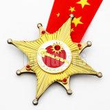 Fördernder Geschenk-Großhandelszoll USA-künstlerische weibliche Gymnastik-Goldsport-Preis-Andenken-Medaillon-Medaille mit Stutzen-Farbbändern