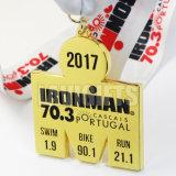 3Dカスタム金属26.2の柔らかいエナメル賞のリボンのフィニッシャーの半分のマラソン締縄が付いている屋外メダル円形浮彫り