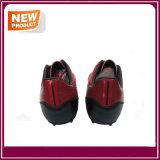 De rode Schoenen van de Vrouwen van de Mannen van de Voetbal van het Voetbal voor Verkoop (YHF019)