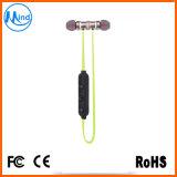 Mini auricular del receptor de cabeza de Bluetooth del deporte con la atracción magnética