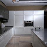 Projeto branco da cozinha da madeira contínua do projeto da mobília do gabinete de cozinha da alta qualidade de Welbom