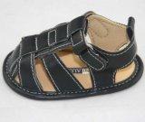 Disegni di modo dei sandali del bambino per i ragazzi di bambini