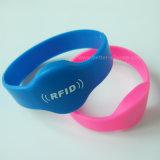 Bracelet d'IDENTIFICATION RF de silicones de la puce 13.56MHz I-Code2 d'à haute fréquence pour le contrôle d'accès
