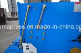 Kleine 3mm 4mm Fluss-Stahl-Eisen-Ausschnitt-Maschine des E21s Steuerfür Verkauf in Großbritannien