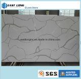 大理石カラー建築材料の固体表面のテーブルの上の台所カウンタートップのための白いCalacattaの水晶石