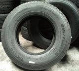 pneu do caminhão leve de 215/75r17.5 235/70r19.5 Radial Van Pneu