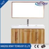 Mobilia fissata al muro moderna della stanza da bagno della melammina semplice