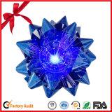Arqueamiento iridiscente de la estrella para la Navidad o el Weeding