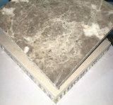 美しい穀物の石はアルミニウム蜜蜂の巣のパネルに直面した