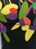 Camisa magro do preto T para mulheres com a cópia de borracha do teste padrão de flor da cor