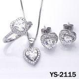 De Juwelen van de overeenkomst plaatsen Bruids Reeksen 925 van CZ Zilveren Juwelen