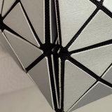 8X8サイズの銀PUの幾何学的な斜方形のハンドバッグ(A042)