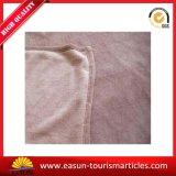 2017熱い販売のロゴの極度の柔らかく明白な珊瑚の羊毛毛布の投球旅行毛布