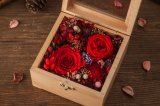 Ivenran 나무로 되는 선물 상자는 창조적인 선물을%s 신선한 꽃을 보존했다