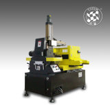 Herramienta de máquina de alta velocidad del dischage del corte EDM DK7732/electric del alambre del CNC