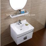 Vanità della stanza da bagno dello specchio di figura del Apple con la mensola