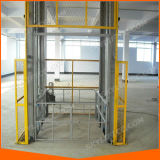 Elevador vertical elétrico da carga de China para bens e o armazém de levantamento