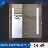 Espejo decorativo montado en la pared ligero del cuarto de baño del paso del LED