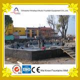 Grande fontaine droite élevée centrale d'eau de pulvérisation