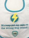 Логос шаржа Терри изготовленный на заказ хлопка продукции OEM фабрики милый напечатал выдвиженческие Bibs износа младенца