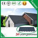 Le sable de tuile de pierre de matériau de construction a enduit la tuile de toit en acier galvanisée par métal d'Alu-Znic
