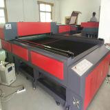 Máquina do laser do CO2 da alimentação automática para a estaca e os metalóides da gravura