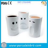 Las expresiones encantadoras venden al por mayor la taza de cerámica del tubo