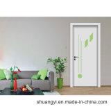 Porte intérieure à la maison en bois de meubles