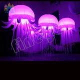 Finego Partei-Stab-Ereignis-Stadiums-hängende Dekoration, die aufblasbare Quallen LED beleuchtet