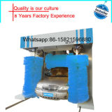 Rolls automatico sopra la lavatrice dell'automobile