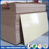 Comercial Fibra de madera blanco mate melamina aglomerado MDF-madera laminada
