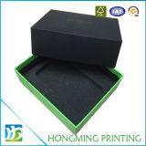 O logotipo preto gravou a caixa de jóia de papel com inserção da espuma