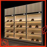 El almacén comercial de madera del estante del zapato calza el estante de visualizaciones