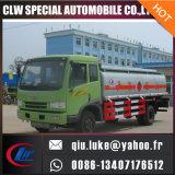 Camion de distribution d'essence et d'huile lourd de FAW
