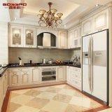 Gabinete de cozinha de madeira contínuo moderno da pintura da mobília da cozinha (GSP5-049)