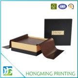 Insignia del oro que graba el rectángulo de lujo del chocolate con el divisor plástico