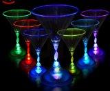 2017 Novo Fornecedor de China de alta qualidade Flashing Plastic LED Cup