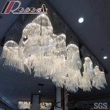 現代および方法白いガラスによってはホテルが付いているペンダント灯が開花する