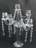 De Houder van de Kaars van het kristal met Vijf Affiches voor de Decoratie van het Huis