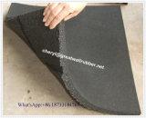 外のPlayroundのゴム製タイル張りの床の煉瓦厚さ8mmに100mm