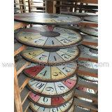 Disegno di legno afflitto dell'orologio di parete