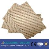 Панель MDF отделки Veneer деревянная Perforated деревянная акустическая